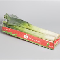 leek - cardboard tray with stretch film