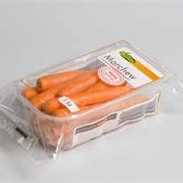 carrots - plastic tray with flowpak film