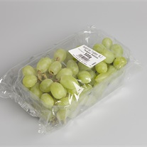 grapes - plastic tray with flowpack film